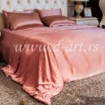 pink posteljina od svilenog satena