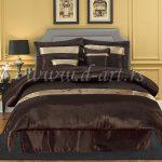 svilena posteljina sa zlatnim trakama