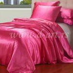 pink posteljina od svile