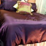 ljubičasta posteljina od svilenog satena