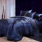 teget plava posteljina od svile
