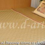 pokrivac za bracni krevet od stepanog satena sa pacvork jastucnicom