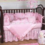 roze posteljina za decu sa jastucnicama