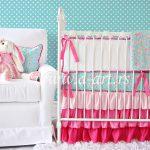 posteljina za decu sa crvenim karnerima