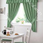 zelene zavese od kariranog pamuka za kuhinju