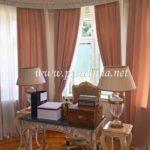 Uređenje enterijera konzulata Južne Koreje - Beograd 008 - Roze draperije i bele zavese